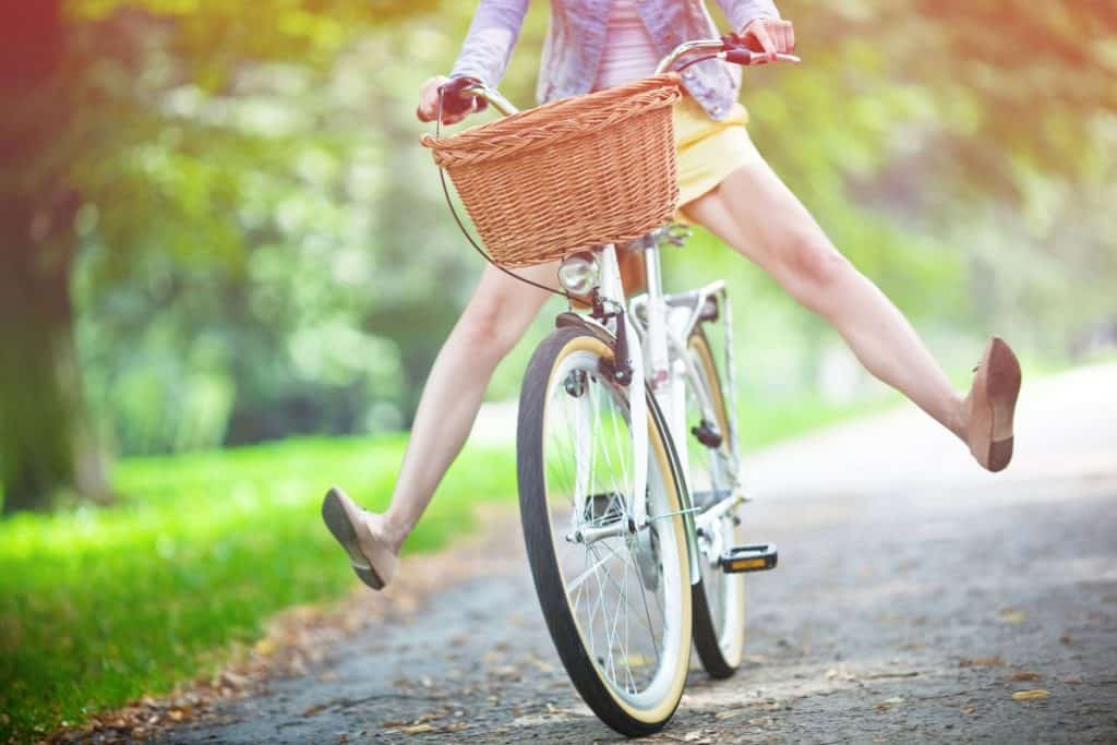 woman on bike, discover personality